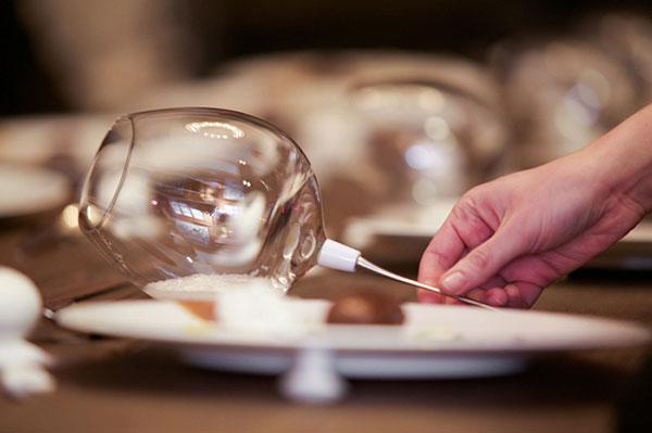 Chef Roberto Cortez creates sensorial dining experiences.