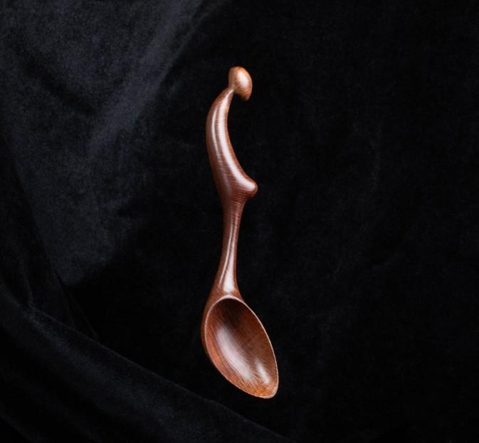 Macadamia Female Form