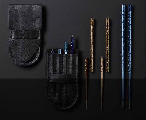 TiSushi Sticks titanium chopsticks by Steven Kelly are back. Portable 2pc chopsticks include a leather carrying case.